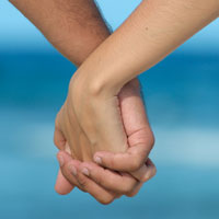 assicurare le mani